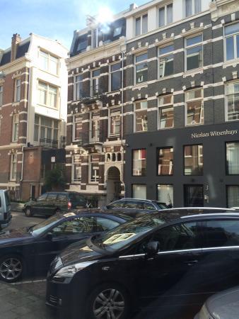 Nicolaas Witsen Hotel: La vista de mi cuarto de hotel!  Es sencillo, pero no necesitas mas para tener una excelente est