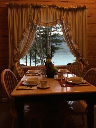 Renfro's Lakeside Retreat: photo2.jpg