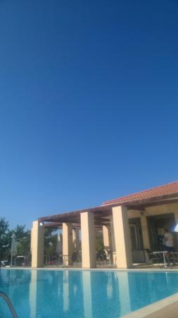 Livadaki Village Hotel: Clouds?