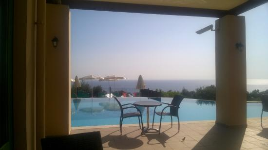 Livadaki Village Hotel: Pool & View