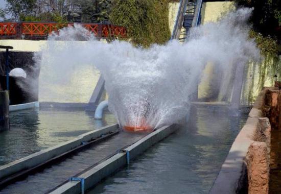 Flume Ride Picture Of Kishkinta Theme Park Chennai Tripadvisor