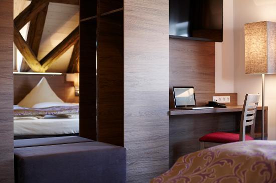 Doppelzimmer Bild Von Boutique Hotel Zur Post Vohburg An Der