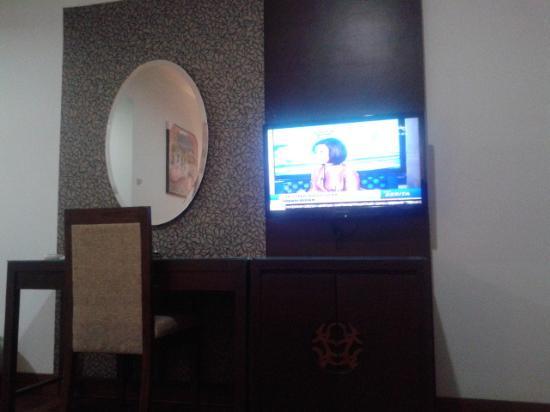 Amazing Koetaradja Jakarta Hotel & ZenRooms