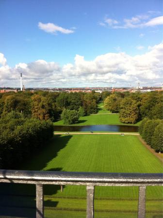 Udsigt fra slottet i Frederiksberg Have