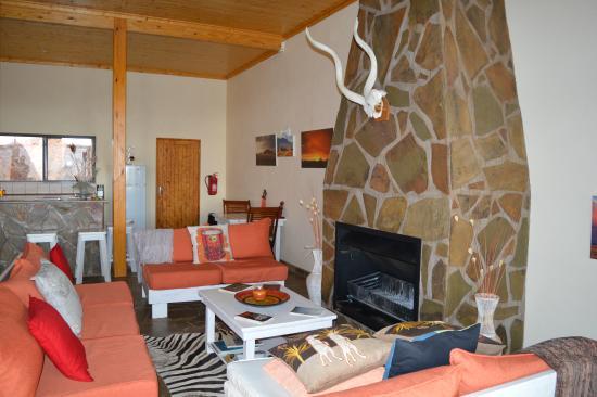 Greenfire Desert Lodge : Kamin in der Drifters Desert Lodge