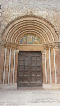 Basilica di Santa Maria di Collemaggio: Porta Santa