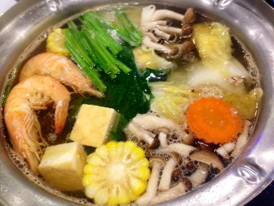 table top cooking in a shared dutch oven picture of mk restaurant rh tripadvisor com