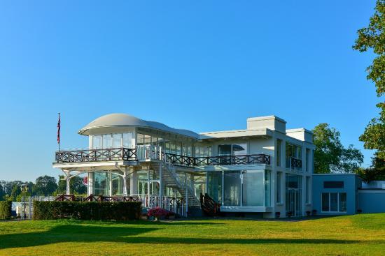 Phyllis Court Club: The Riverside Pavilion