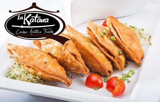 La Katana Cocina Asiatica Fusion: Gyosas de Carne y Camarón