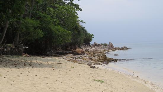 Sibu Island Resort: Beach side
