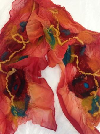 Elephant Butte, Nuevo Mexico: Nuno Hand painted silk chiffon with wool
