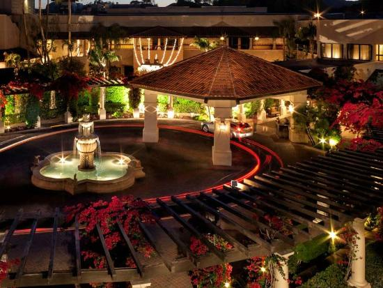The Scottsdale Resort at McCormick Ranch: The Scottsdale Front Entrance