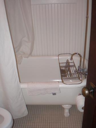 Bear claw bathtub in my room