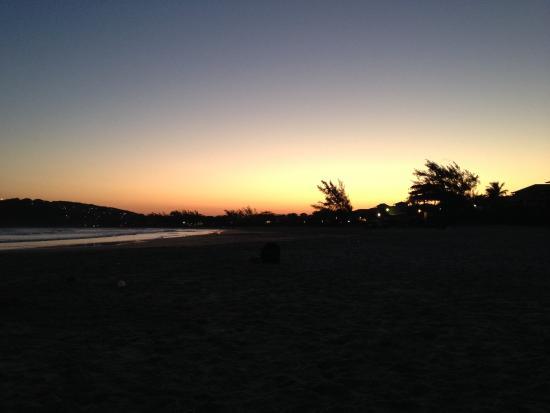 Chez Marine: coucher de soleil sur Gerba
