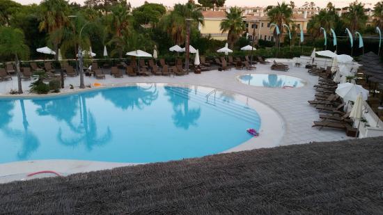 Monte da Quinta Resort : Poolside