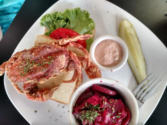 CarWash Cafe and Catering: Softshell Crab sandwich