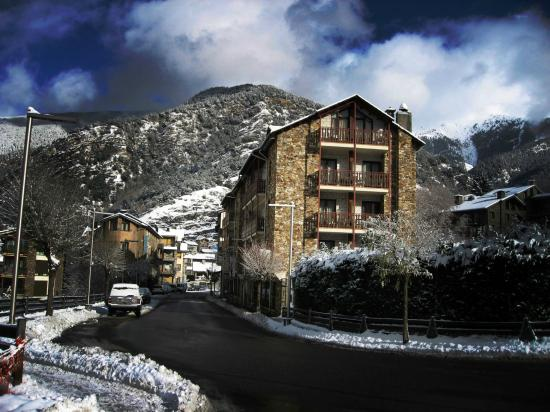 Hotel La Planada : Entorno nieve
