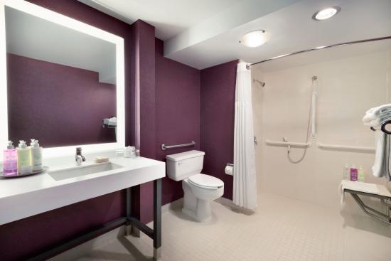 Coast Edmonton Plaza Hotel By Apa Updated 2017 Prices