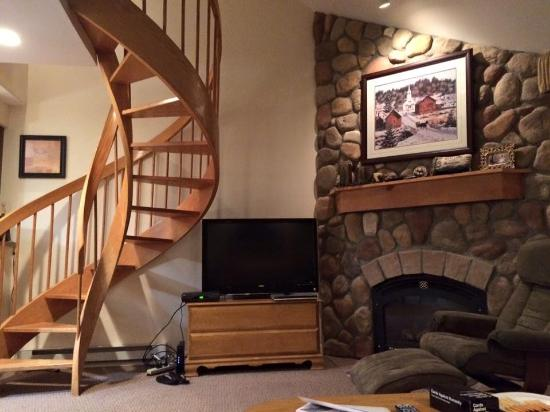Nordic Village Resort: 2 Bedroom Townhouse Style Room