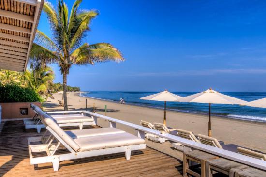 Puerto Palos: Frente de playa