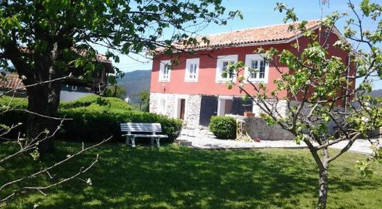 Casa Rural El Zapato Lodge Reviews Photos Santullano Spain Tripadvisor
