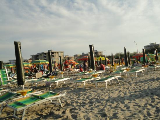 Lido Adriano, Italy: Пляж
