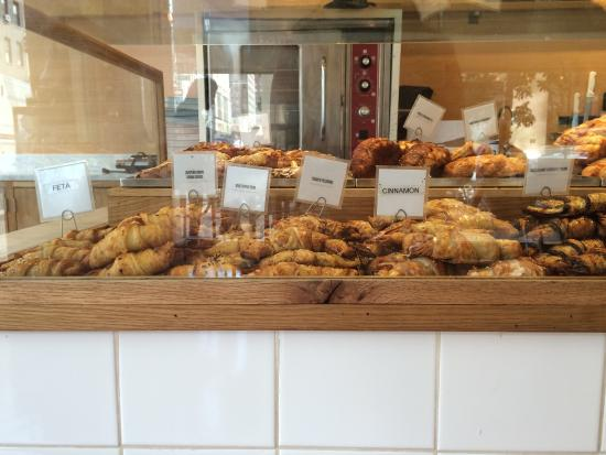 Photo of Cafe Petite Shell at 1269 Lexington Ave, New York City, NY 10028, United States