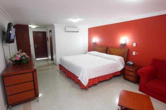 Hotel Charthon Barranquilla: Habitacion