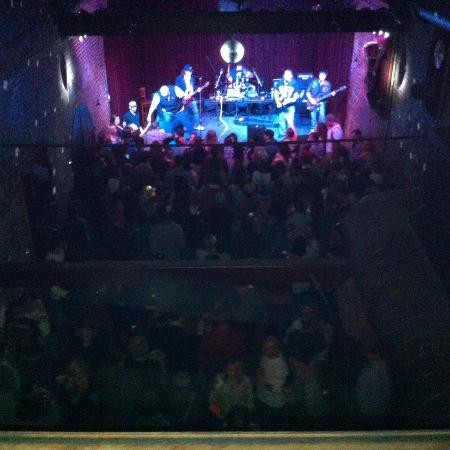 The Adelphia Music Hall: A packed house!
