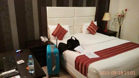 City Centre Hotel: 床還好