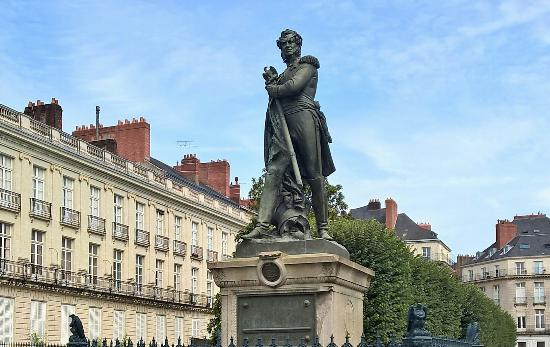 statue general cambronne nantes all you need to know before you go with photos tripadvisor. Black Bedroom Furniture Sets. Home Design Ideas