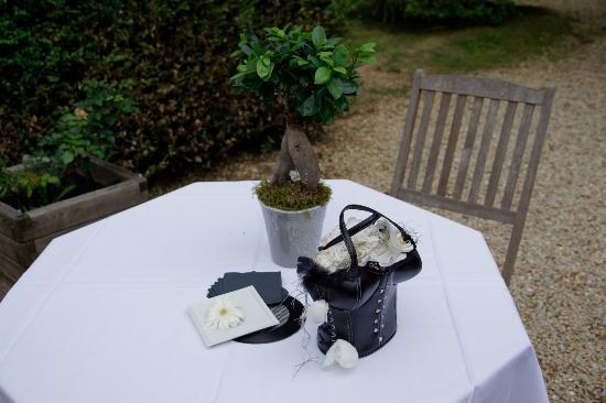 Varennes-Jarcy, Francia: Bouquet originale de la mariée