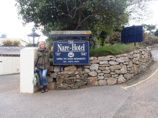 The Nare: The entrance