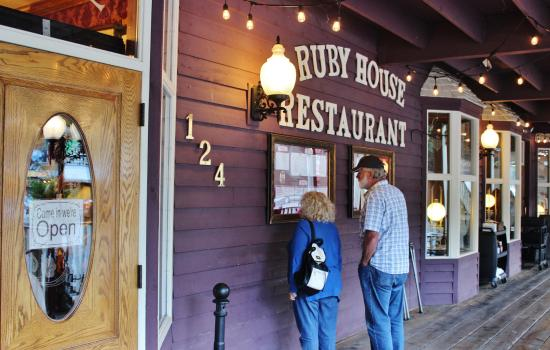 Ruby house restaurant keystone sd sep 2015 foto di - Home restaurant normativa ...