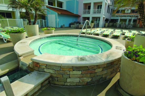 Sanctuary Realty at False Cape: Courtyard Hot tub