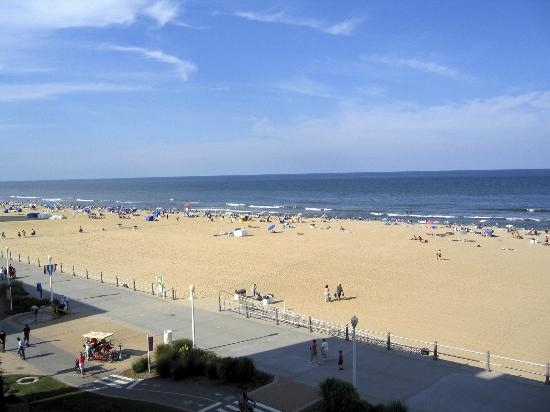 Sanctuary Realty at False Cape: View over Boardwalk