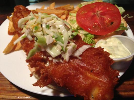 Big crispy fish sandwich picture of gilligan 39 s island for Island fish grill