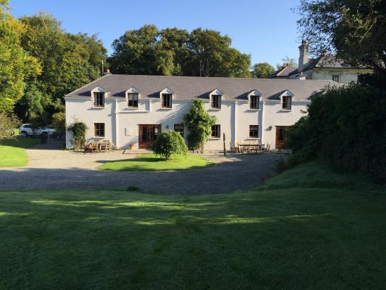 Beaufort House: Cottages
