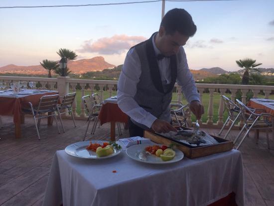 Restaurante Maribel: Fish cooked in Salt being served at The Maribel La Manga