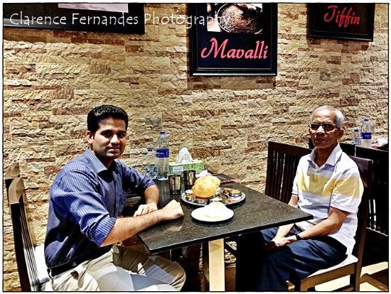 Mavalli India  city photos gallery : Mavalli Tiffin Rooms Interior Picture of MTR Mavalli Tiffin ...