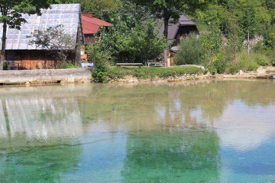 Korana, Kroatien: The mill pond