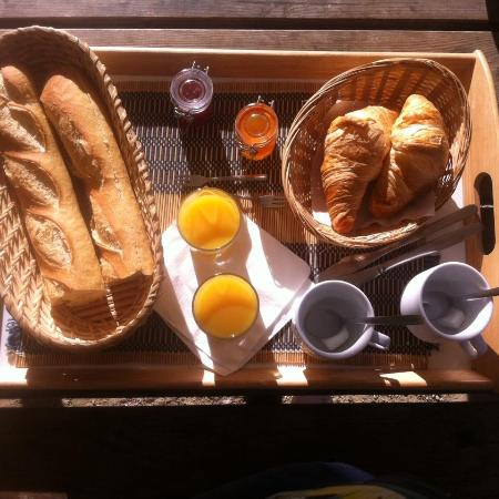 Montblanc, Frankrike: Petit dej