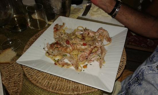 Osteria Torromeo: Linguine alle cannocchie fresche