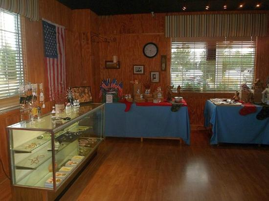 Creedmoor, Carolina del Norte: Even have a nice gift shop area!