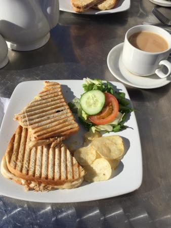 The Snow Goose: Tuna and cheese toastie - perfect every time :)