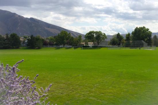 Storm Mountain Park