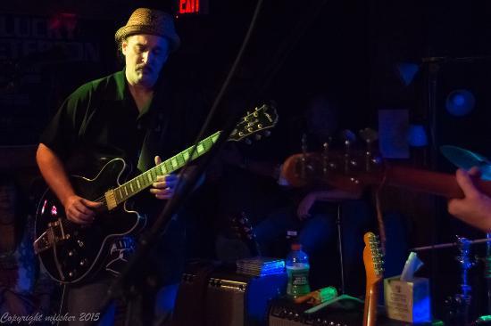 Bradenton, FL: RJ Howson Band