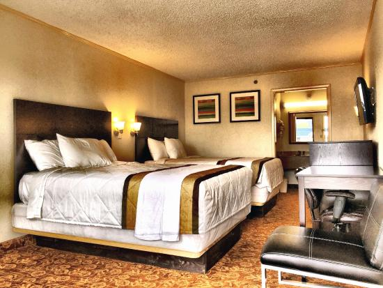 Knights Inn Nashville Downtown: Room with 2 Double beds