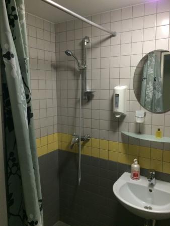Domus Dorpatensis Guest Apartments: Bathroom