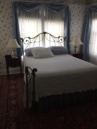 Stonegate Bed and Breakfast: photo2.jpg